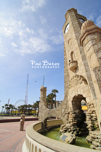 Free Picture: Photo of the historic coquina clock tower on the boardwalk in Daytona Beach, FL near the bandshell.