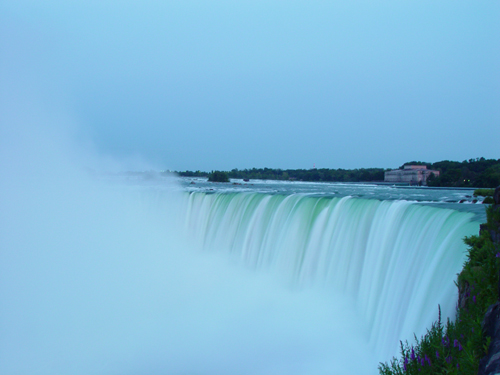Free Picture: Photo of Niagara Falls in Ontario, Canada from the view of Table Rock.